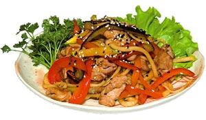 Лапша со свининой и овощами с соусом Терияки